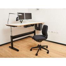 God - Bedre - Bedst. Kontorarbejdsplads - stol, bord og lampe